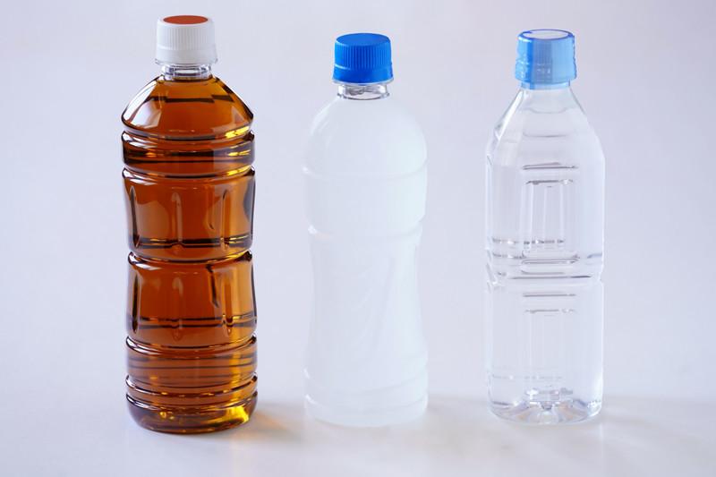 かくれ脱水・熱中症対策にはスポーツドリンクも取りいれて