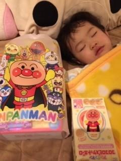 サンタさんからアンパンマンのお菓子.JPG